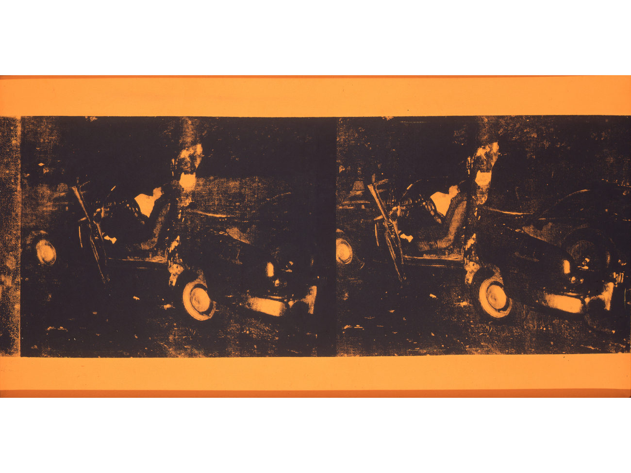 Andy Warhol, Car Crash, 1963. Sérigraphie sur toile, 71 x 136,5 cm. © The Andy Warhol Foundation / Licensed by Adagp, Paris, 2019. Photo © Direction des Musées de Dunkerque, LAAC, photo Jacques Quecq d'Henripret