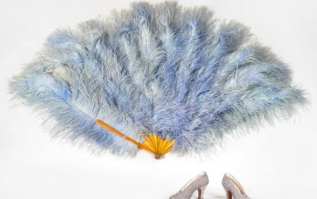 Eventail et chaussures de Mistinguett © Mucem Yves Inchierman
